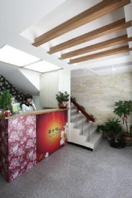 台南來七桃旅店