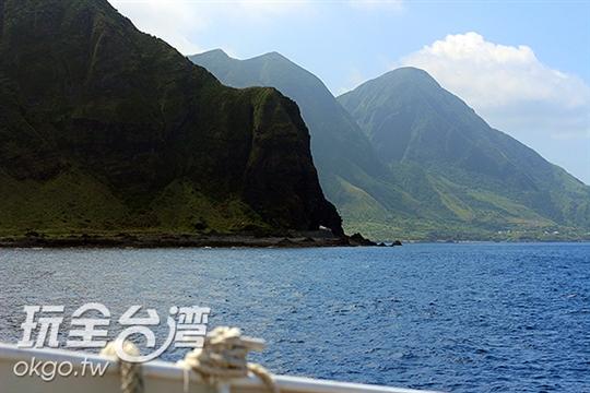 蘭嶼人頭岩